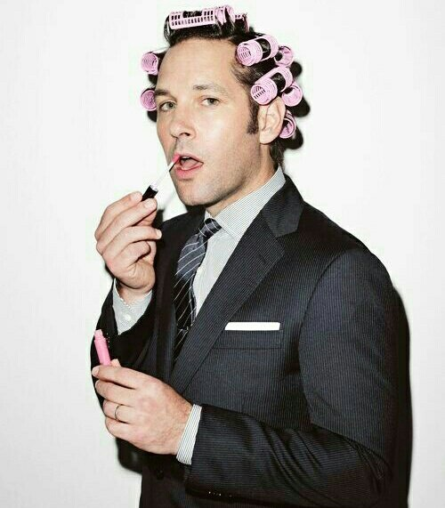 Happy Birthday Paul Rudd !!!!!!!!!!! One of the funniest person I know :))