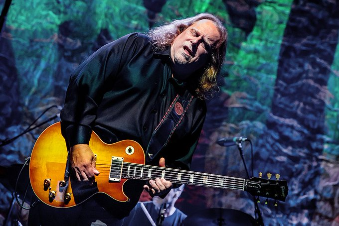 Please join me here at in wishing the one and only Warren Haynes a very Happy 61st Birthday today