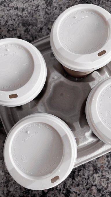 Oat milk lattes https://t.co/IXMrcAQmt8