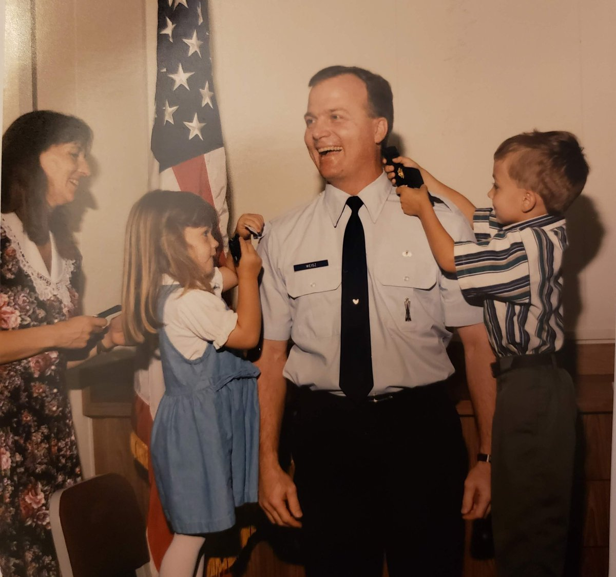 April is Month of the Military Child and military kids are resilient! We're grateful for our military families and their service ❤️ P.S. Here's an ancient artifact of little Ms. Weisz and her dad, who served 20 years in the Air Force. What year do you think this was? <a target='_blank' href='https://t.co/BDM3uC5g8z'>https://t.co/BDM3uC5g8z</a>