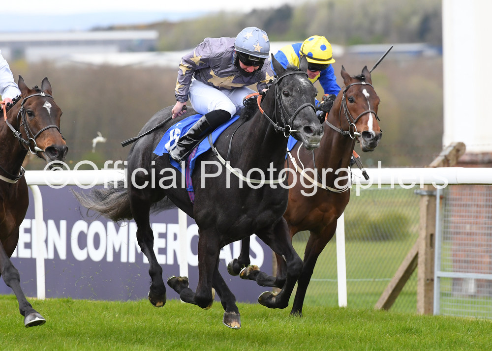 G FOR GABRIAL & @murtagh_connor win at Pontefract for trainer @RichardFahey & owner @drmarwanK Check out all the official photographs at https://t.co/xazjTTNrcH