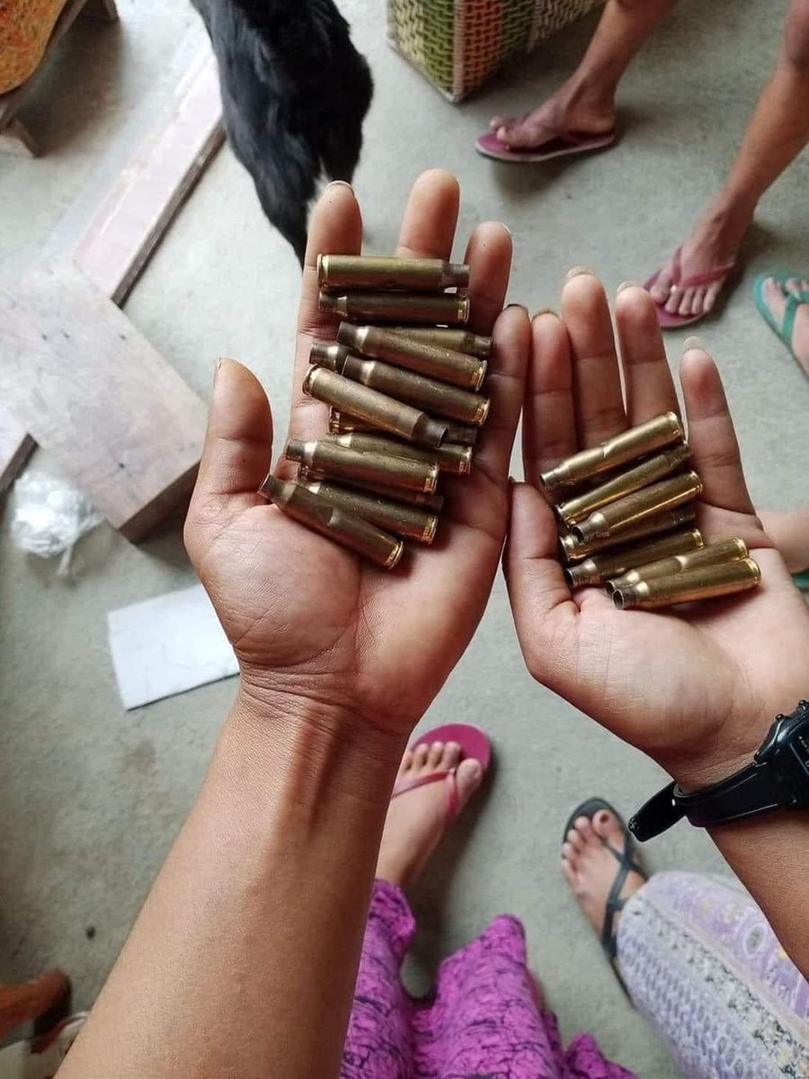 Rebel Military shot to Civilian with real bullets in Kalay in this morning.    #WhatsHappeningInMyanmar           #Apr7Coup                                                #UNHR https://t.co/PC0joOJVVI