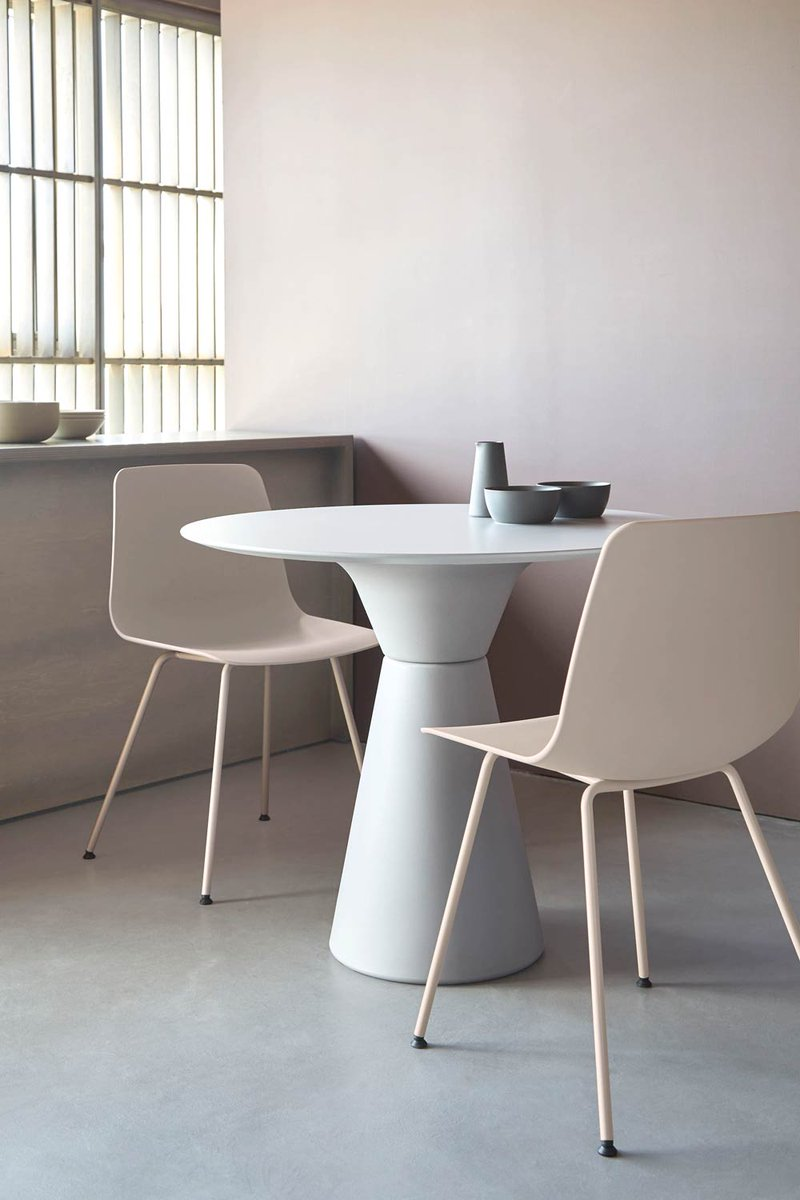 Designed by Jonathan Prestwich, the ESSENS tables combine versatility, beauty and harmonious proportions. An extensive range of finishes are available, allowing for endless customisation possibilities. Click below.  https://t.co/4UtY9yklbt