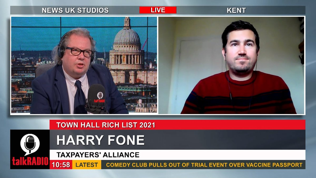 A new report by the Tax Payers Alliance says nearly 3,000 council workers received more than £100,000 in remuneration last year. Watch talkRADIO LIVE ► youtu.be/zc-9k1SbJ_Q @Iromg | @the_tpa