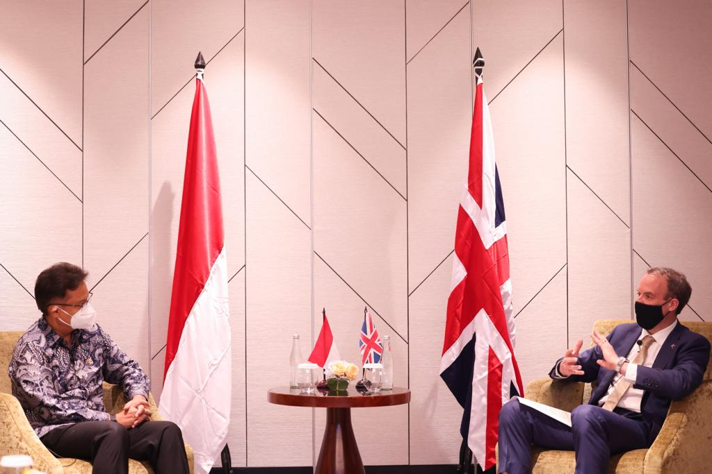 Fair global access to vaccines is our route out of the #COVID19 pandemic. Today in Jakarta I spoke with Health Minister Budi Sadikin on how we can achieve that goal. We also talked about using our G7 and G20 Presidencies so the world is more prepared for the next pandemic. https://t.co/etgFzYZBUs