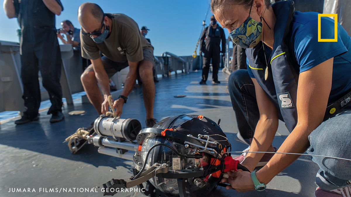 Now that we're safely back on land, it's time to begin our analysis & compilation of the recorded data. We are grateful to the scientists, filmmakers, & sailors aboard the ROU 23 Maldonado, whose camaraderie, hard work, and collaboration are an inspiration for ocean conservation. https://t.co/fE6qgZb3fZ