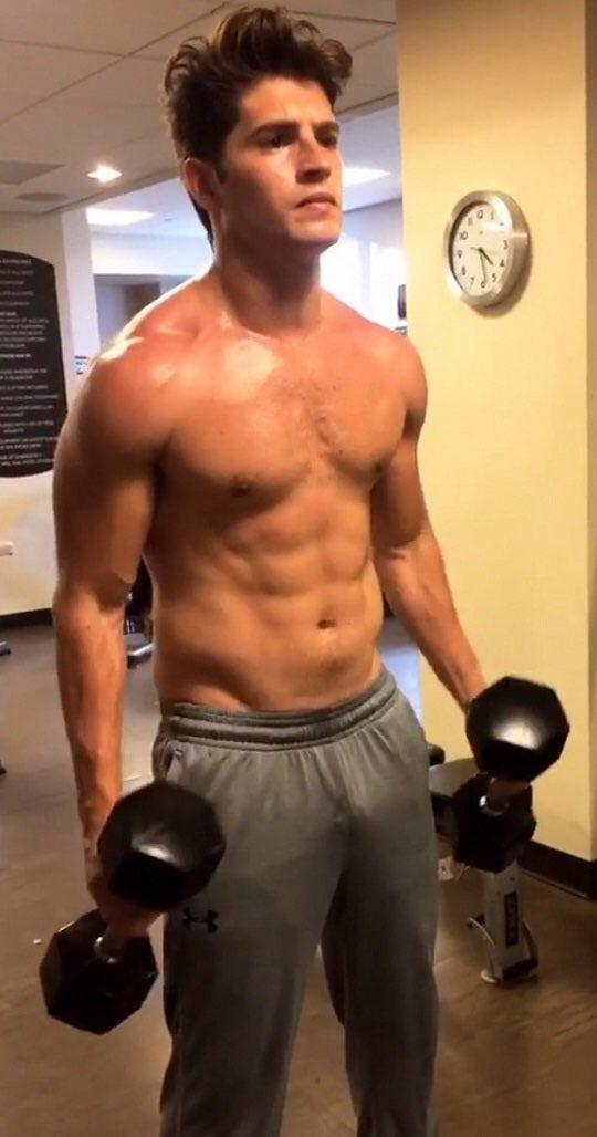 Bodybuilding nathan kress 'iCarly': Nathan