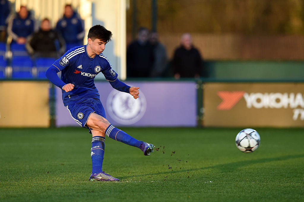 Congratulations to 2016 #UYL winner @masonmount_10 on his first @ChampionsLeague goal for @ChelseaFC ⚽🙌🙌🙌 https://t.co/3inh6mQ1UB