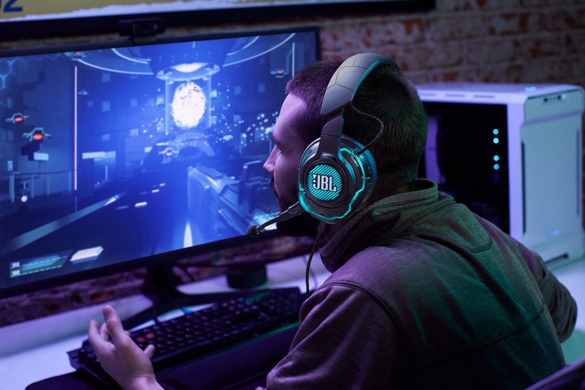 PC Gaming + JBL Quantum ONE = Perfection ☺️