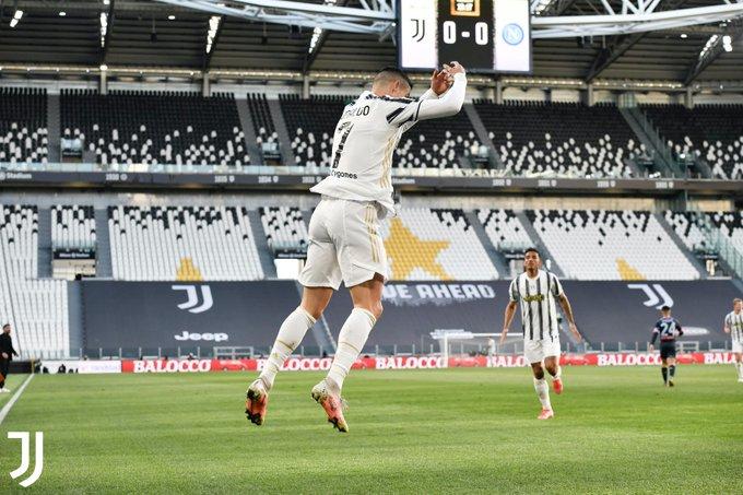 Cristiano Ronaldo mencetak 1 gol