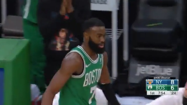 Jaylen Brown (@FCHWPO) puts up 32 PTS, 10 REB, 2 STL in the @celtics home win! ☘️ https://t.co/09mtPcCxYe