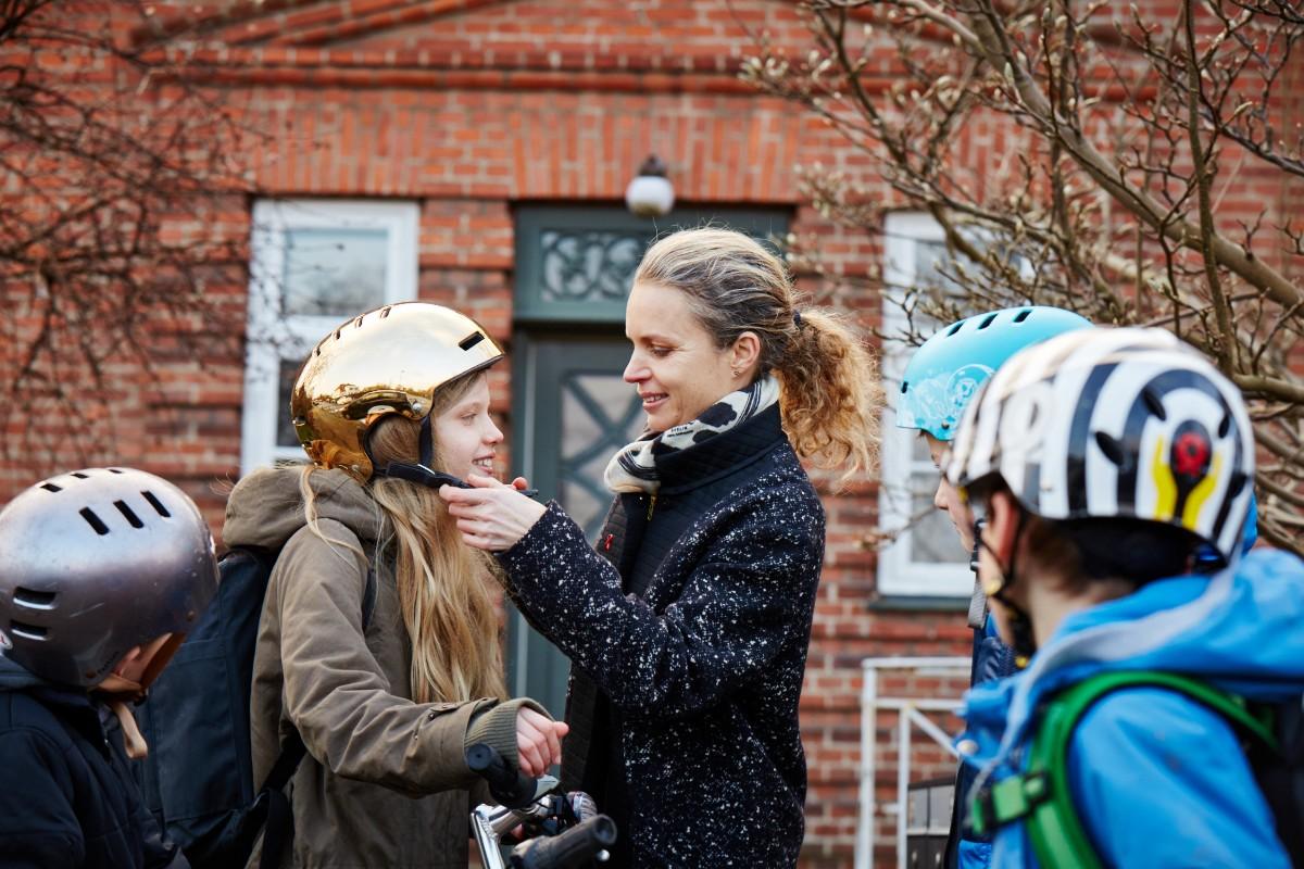Vær ekstra opmærksom i trafikken, når du kører tæt på en skole – flere børn er kommet tilbage på skolebænken efter påske og de er måske blevet lidt rustne i trafiksikkerhed, hvis cyklen har stået stille under hjemmeskolen. Kør forsigtigt #politidk https://t.co/R9XbkWqOMZ