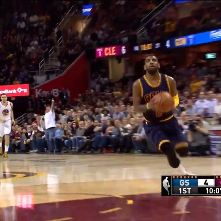 Kyrie added to his dunk collection tonight! https://t.co/Or0CRi5iYf