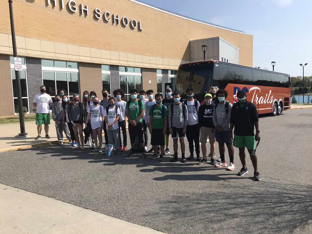 RT <a target='_blank' href='http://twitter.com/wakefieldchief'>@wakefieldchief</a>: CROSS COUNTRY <a target='_blank' href='http://twitter.com/runwakefield'>@runwakefield</a> IS ON THEIR WAY TO DISTRICTS IN BURKE! Good luck, WARRIORS! <a target='_blank' href='https://t.co/53eXArRdvc'>https://t.co/53eXArRdvc</a>