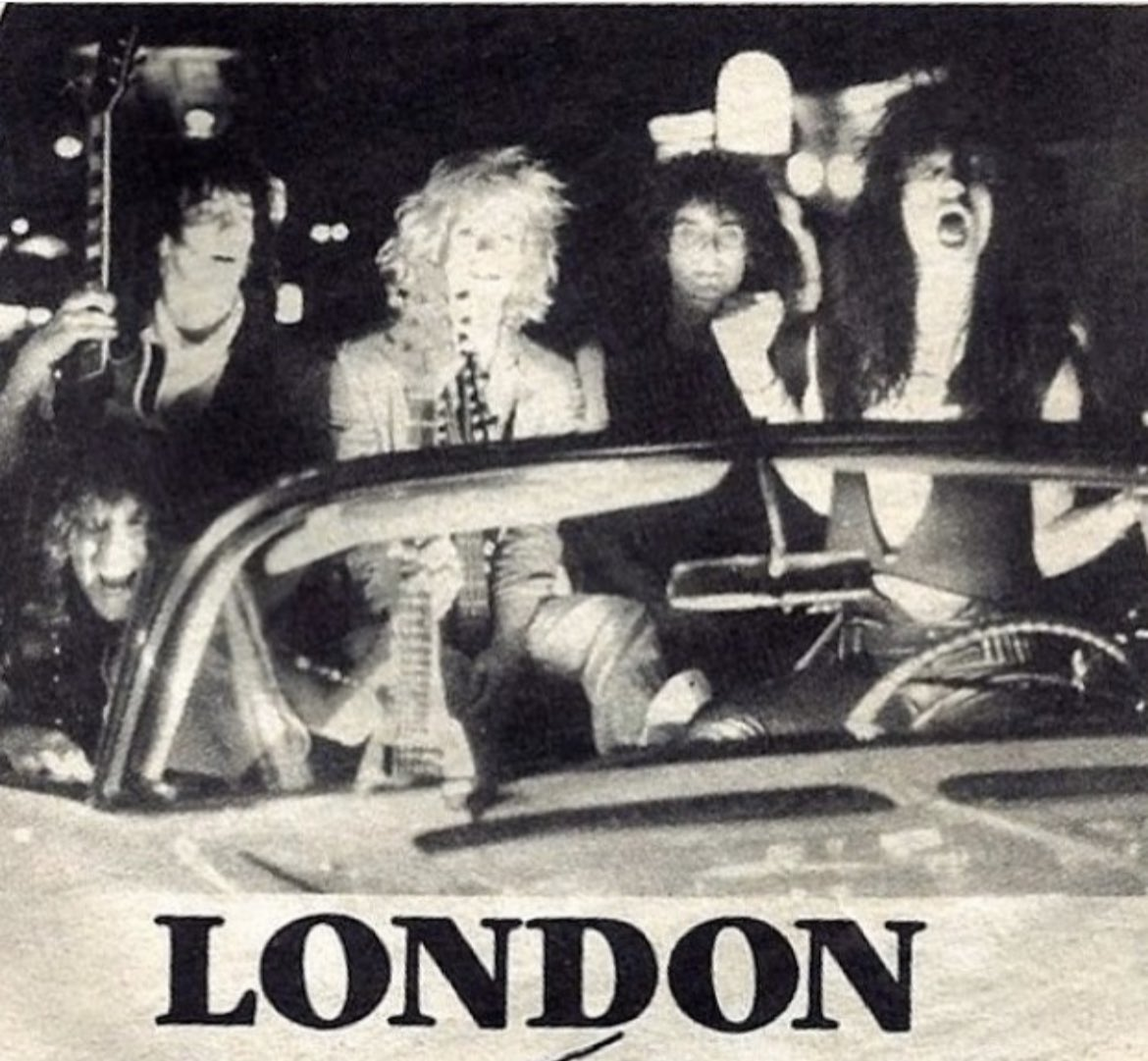 Happy Birthday to Izzy Stradlin former member of LONDON and G&R born today in 1962.