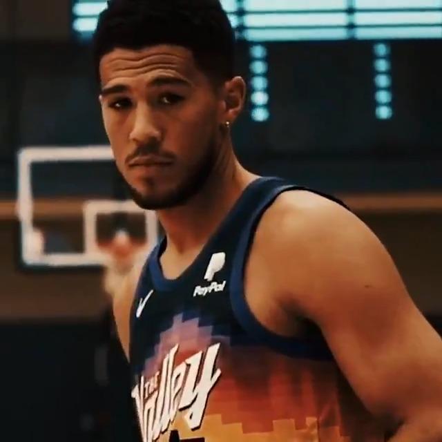 @NBA's photo on Devin Booker