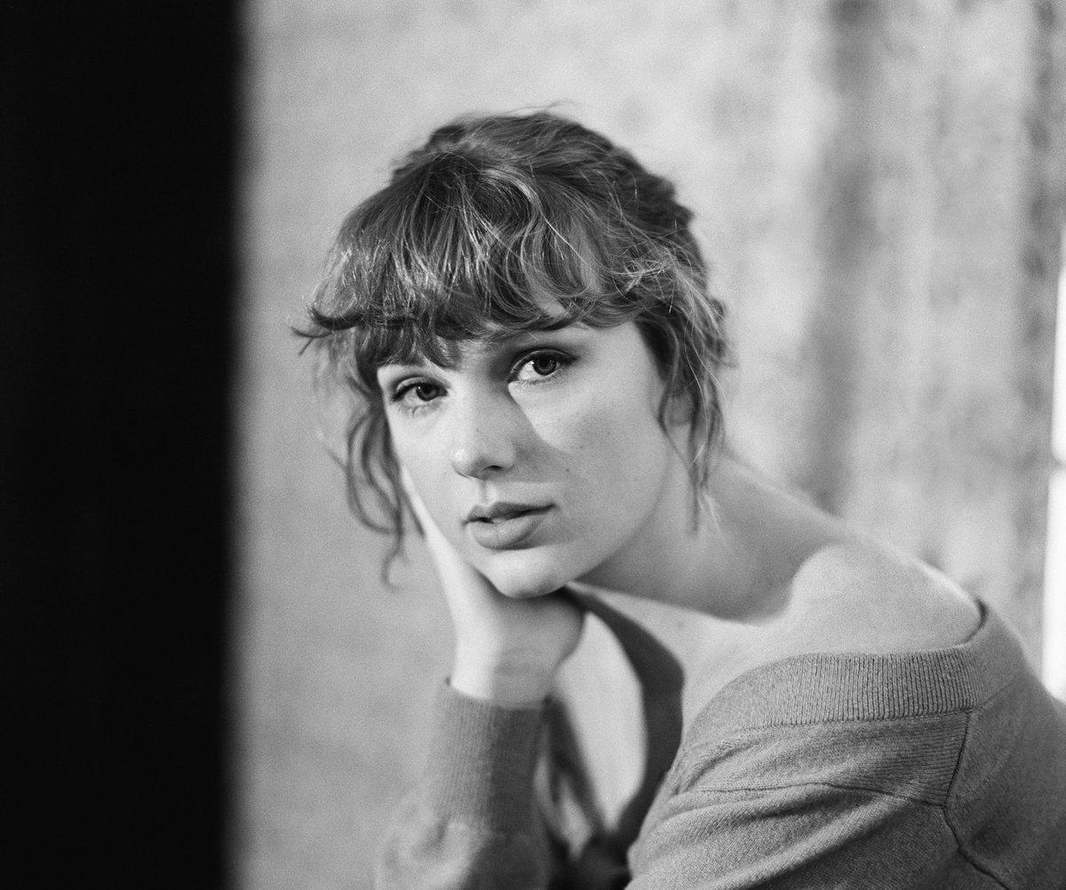 @RAINN's photo on Taylor Swift