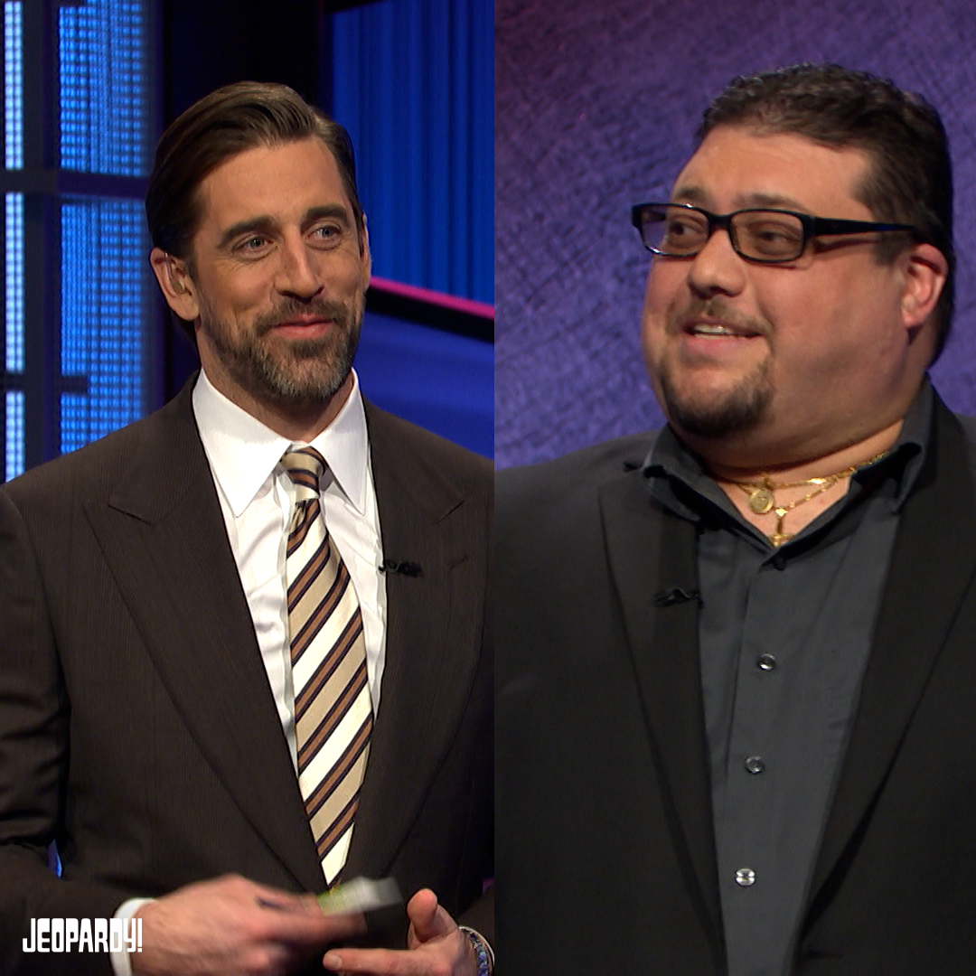 """Turns out @AaronRodgers12 and Pasquale are """"football cousins"""" by 4 degrees!"""