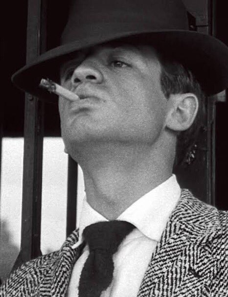 Happy 88th birthday to my favorite actor from the french new wave <33 jean paul belmondo