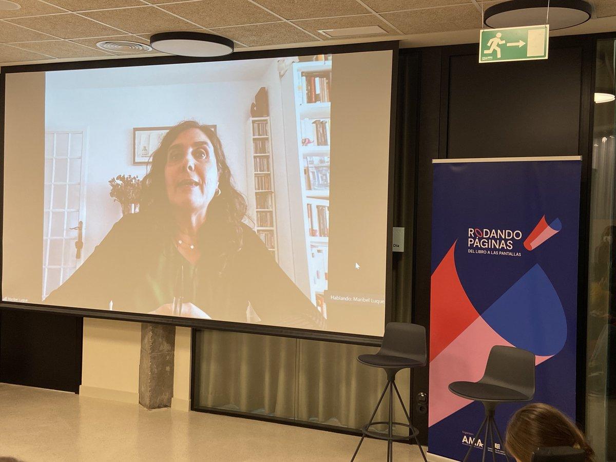"""Maribel Luque, de @agenciabalcells, presentó 'Telefónica', """"un crisol de historias, personajes secundarios magníficos y un gran homenaje a Madrid, contado por una mujer extranjera, la propia Ilsa Barea"""".  #RodandoPáginas2021"""