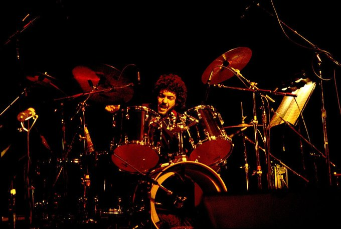 Happy Birthday to Steve Gadd who turns 76 years young today