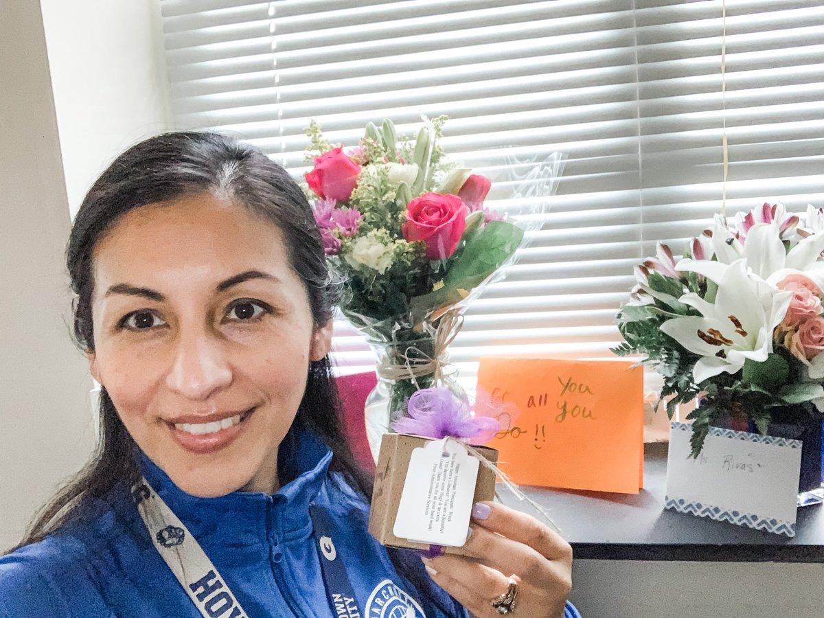 RT @GabyRivasAPSは:🙏ありがとう@APSAdminSrvsの間に特別な贈り物のために#AssistantPrincipalsWeek @BarcroftEagles https://t.co/dhDMKCv2Vt