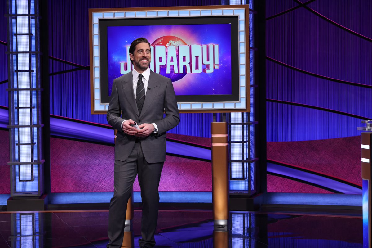 It's been surreal hosting my favorite show @Jeopardy for the past week. Thank you so much for tuning in and for all the beautiful words of encouragement this week 🙏🏻💯. One week in and one more to go 💪🏼❤️ #followingalegend #