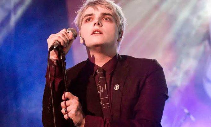 Happy Birthday Gerard Way! We\ll carry on!