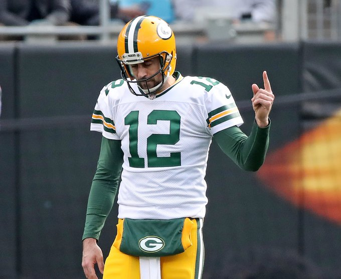 QB Notes: Rodgers, Steelers, Broncos, Pats Photo