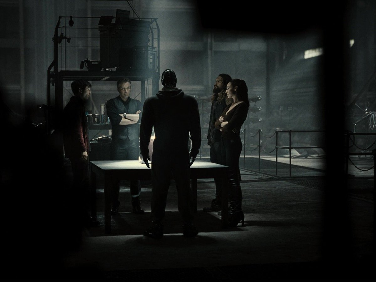 RT @nightwaynes: I just think that Zack Snyder's Justice League is THAT CBM   #RestoreTheSnyderVerse https://t.co/sdnToInwB5