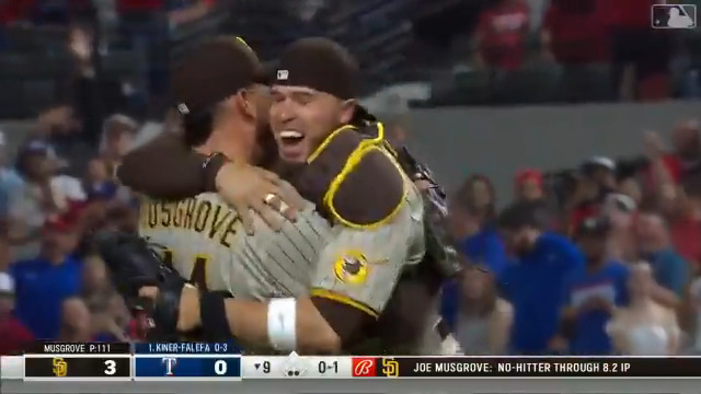 Start your day with all 27 outs of Joe Musgrove's no-hitter. 🔥 https://t.co/iIUx4c5QOL