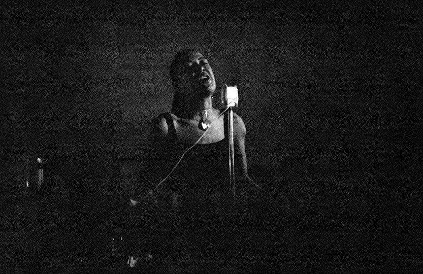 RT @VintageReview: Billie Holiday at Minton's Playhouse in New York City  Herman Leonard, 1953 https://t.co/apvfrQO053