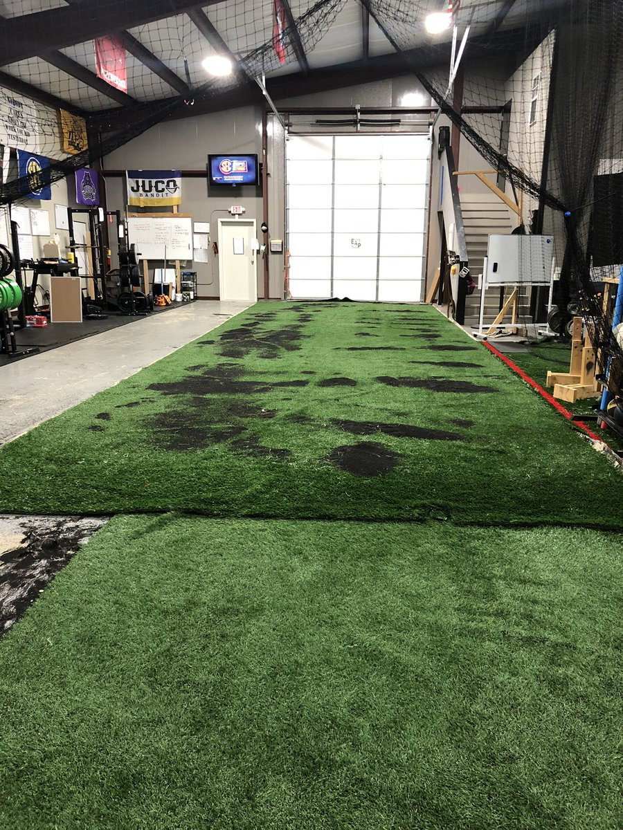 My next book definitely could be all the mistakes I made when building our facility.   It would make War and Peace look like Green Eggs and Ham.   Anyways, new sprint lane coming along. https://t.co/GgLeerweTW