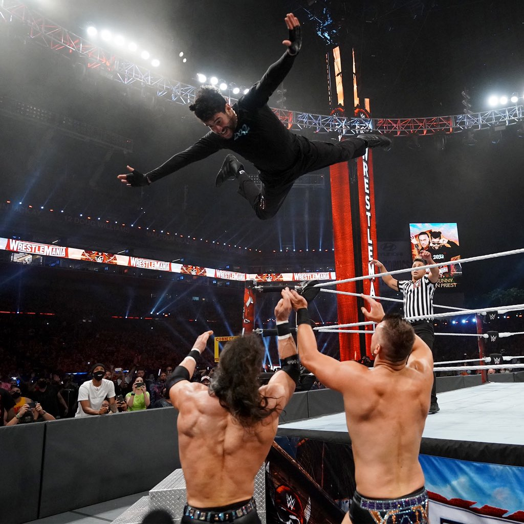 .@sanbenito's performance at #WrestleMania was simply ... awesome. His months of incredibly hard work and grind in preparation for his performance showed his respect and dedication to @WWE and to our fans. He has truly earned all of our #Respect!