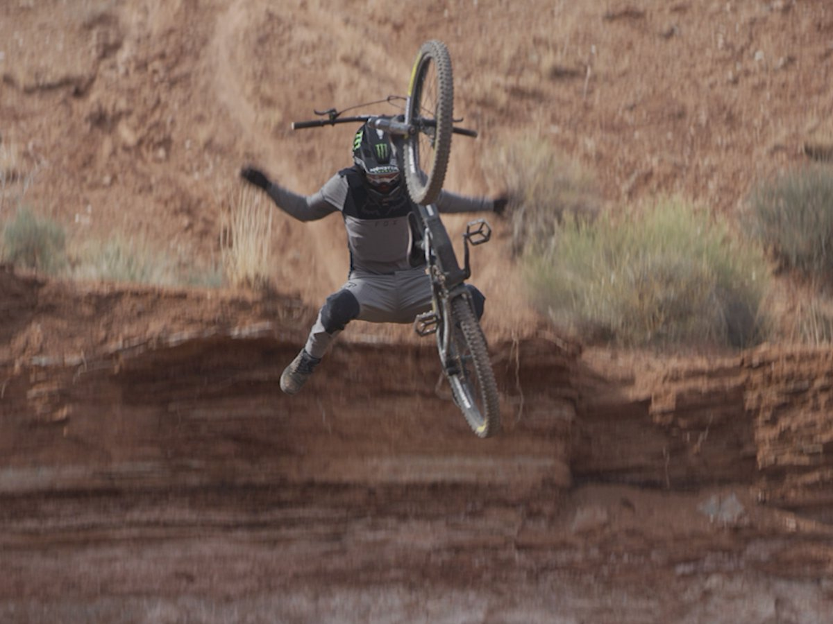 The recovery, tho 😳  Mesa II is now playing: https://t.co/8MJ4ofMM4I  Ft. @TvanSteenbergen and @Ethan_Nell. #Mesa2 #MTB #MountainBike #MonsterEnergy https://t.co/NhX4YF6oCU