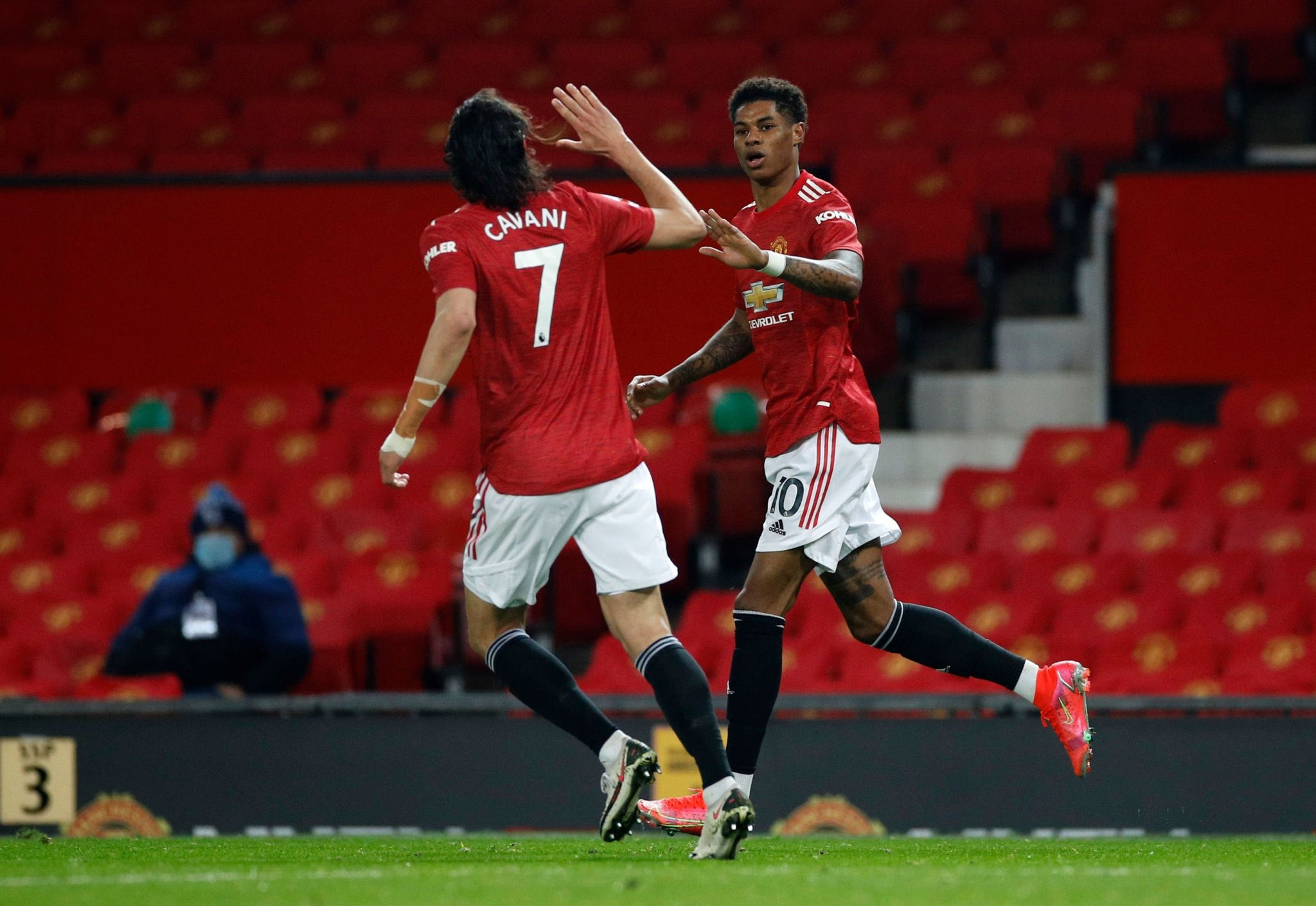 Manchester United Photo,Manchester United Twitter Trend : Most Popular Tweets