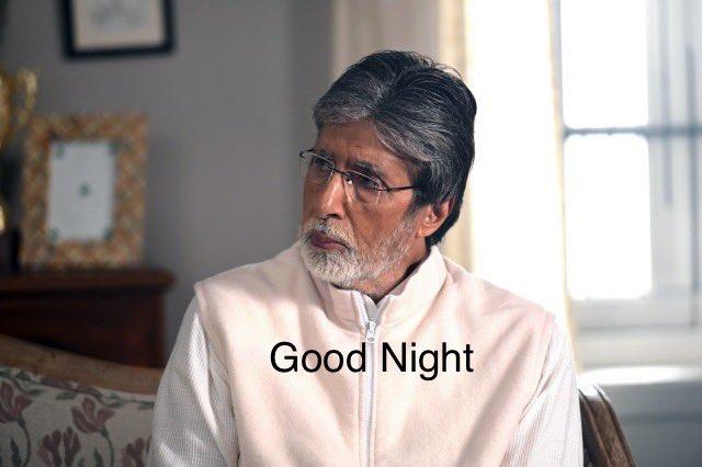 """""""उनकी रूहों में भी दाग आ जाते हैं, जिनके दिलों में दिमाग़ आ जाते हैं"""" Good Night @SrBachchan Boss Love you to the moon & back  💐💕🌹💕 Regards ~ प्रवीण आहूजा (नॉएडा)"""