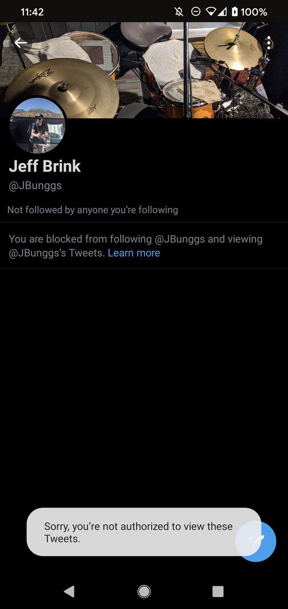 JB whaaa??? 😭 https://t.co/Y41iRsXxyr