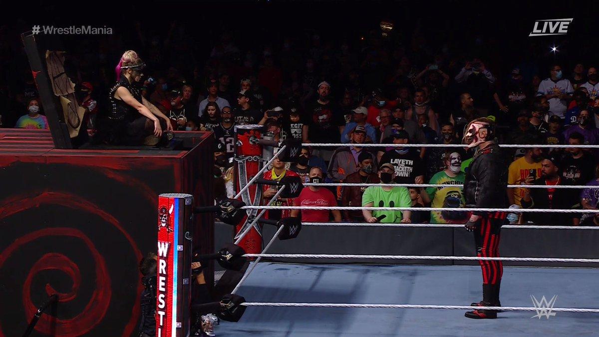 @WWEUniverse's photo on #WrestleMania