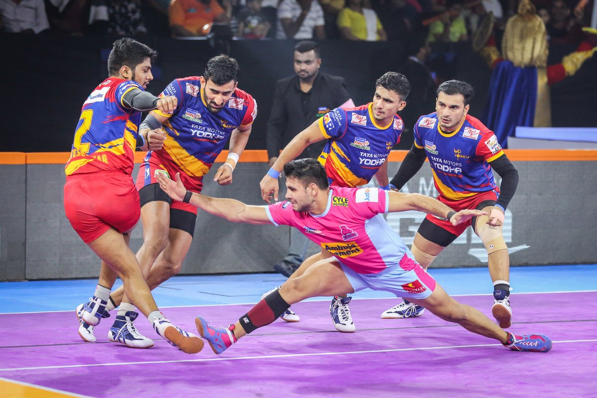 Persistence can change failure into extraordinary achievement.  #PantherSquad #JaiHanuman #TopCats #JaipurPinkPanthers #JPP #Jaipur #vivoprokabaddi