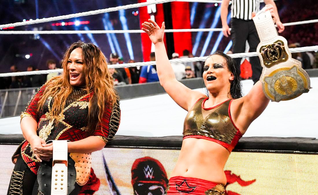 "Nia Jax Has Twitter Meltdown, Calls Herself ""The Black Sheep"" Of Her Family"