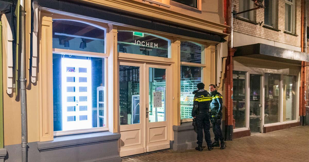 Grote hoeveelheid dure brillen gestolen in Zwolle, politie zoekt getuigen..