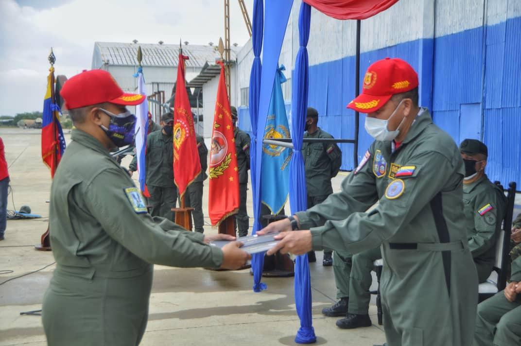 Tag venezuela en El Foro Militar de Venezuela  EyyWscxW8AQPhHo?format=jpg&name=medium