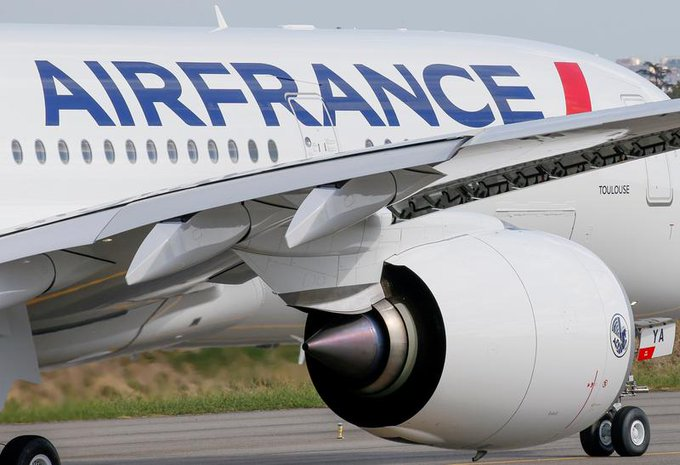 Air France to boost China Eastern venture after share issue Photo