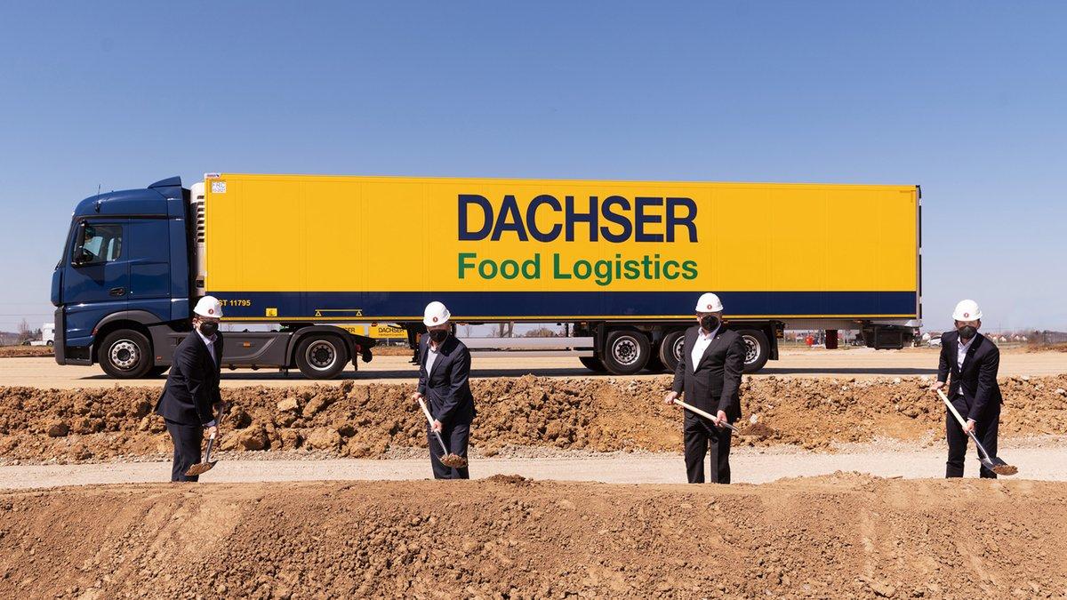 #DACHSER baut neues #Warehouse in #Memmingen Voll automatisiert und klimafreundlich im Betrieb: Logistikdienstleister schafft 52.000 zusätzliche Palettenstellplätze am größten operativen DACHSER-Standort: https://t.co/S6ECfBCyc4 https://t.co/Nf48JHAiyf