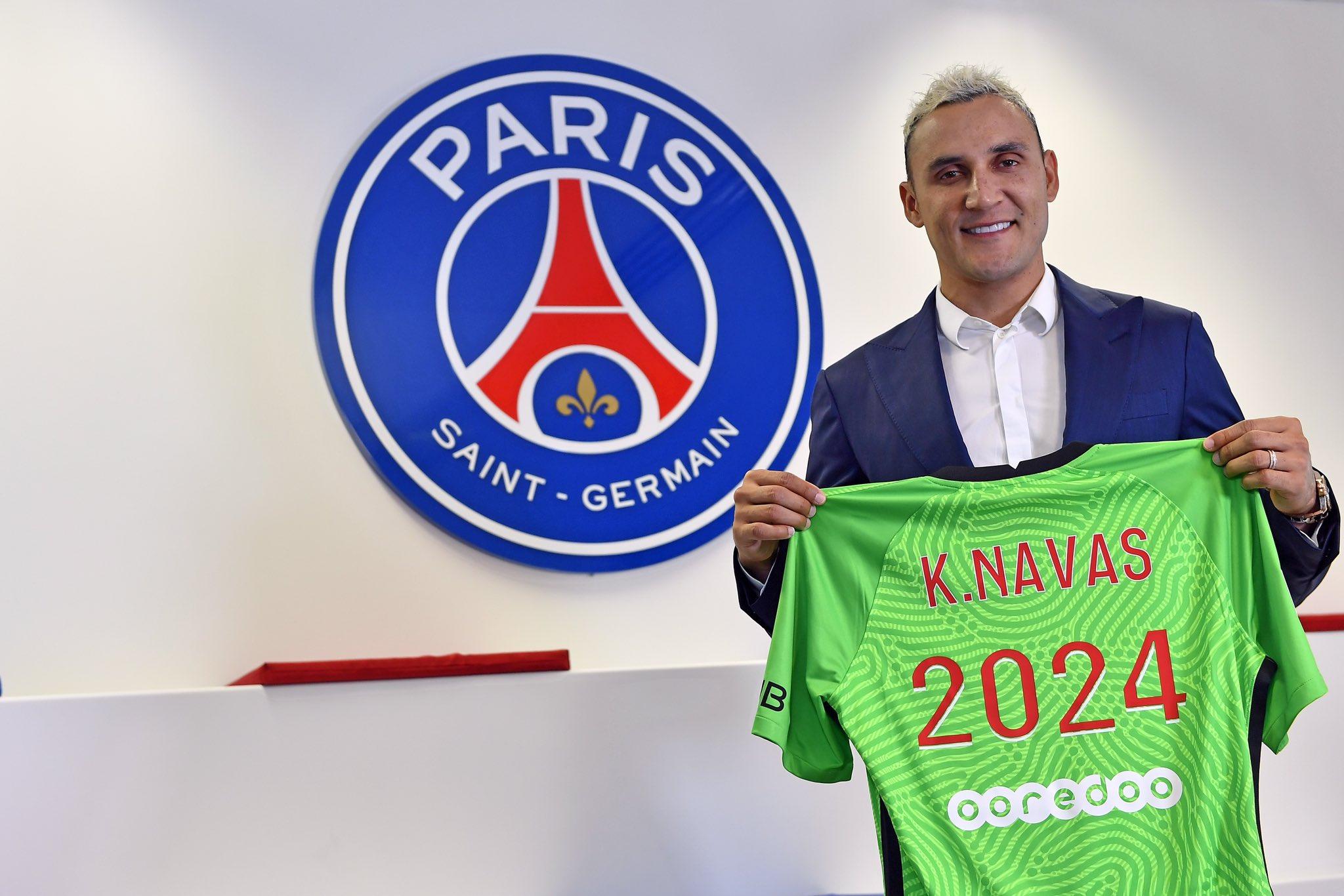 Keylor Navas renueva su contrato con PSG hasta 2024