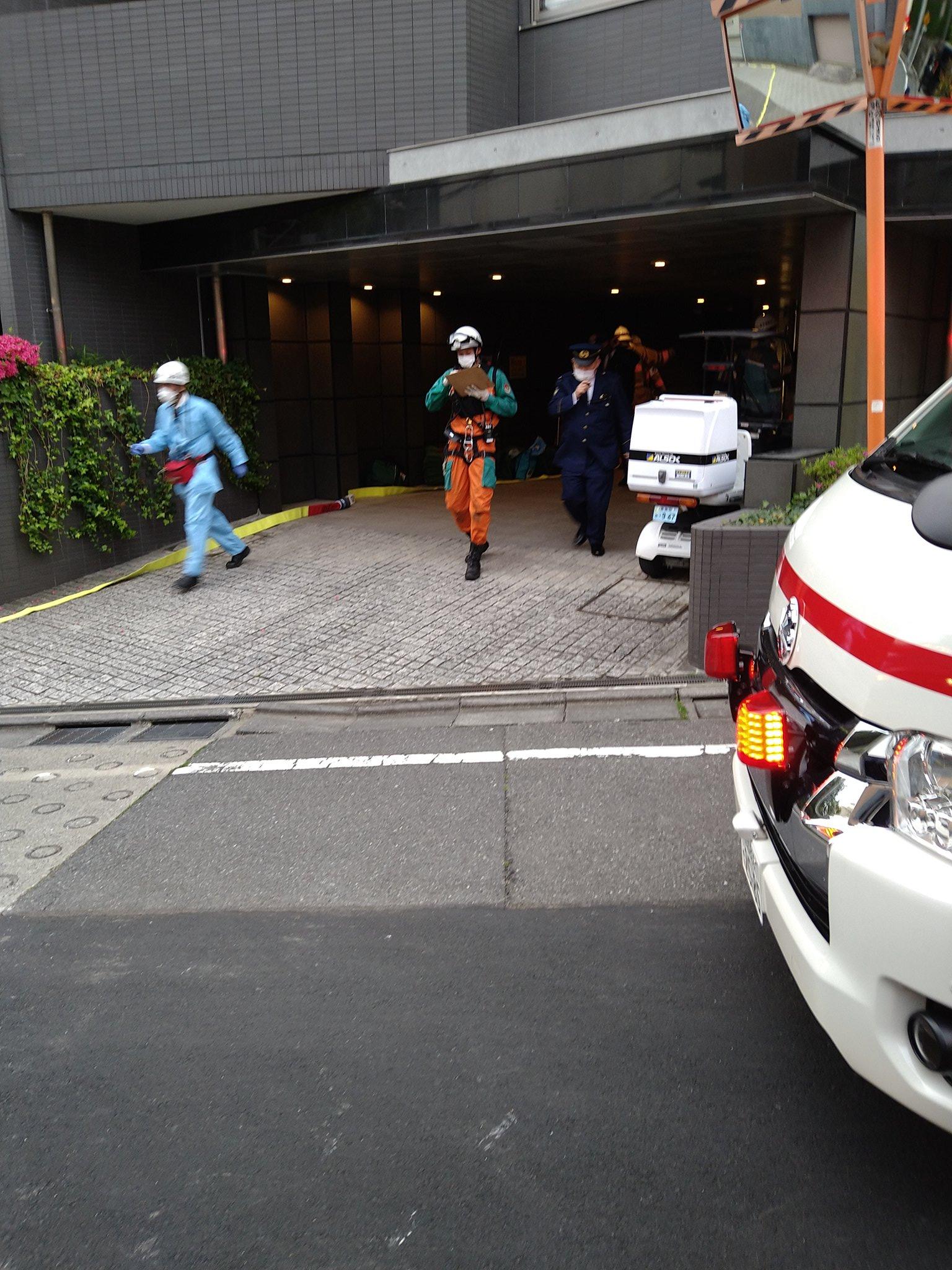 新宿区下落合のマンション地下駐車場の事故現場の画像