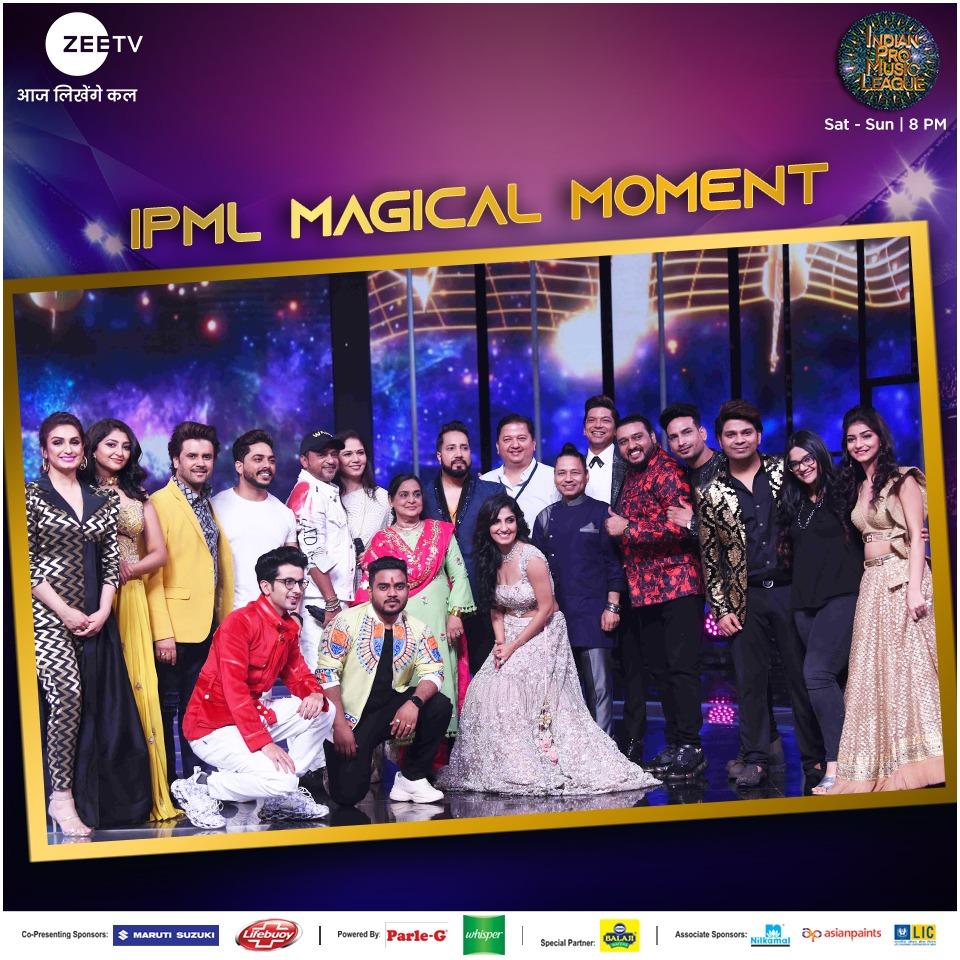 Legend #WajidKhan ko tribute dene ke liye saath aaya poora #IPML parivaar aur bann gaya #IPMLMagicalMoment. Bataaiye humein apka favourite Sajid Wajid song aur dekhte rahiye  #IndianProMusicLeague, Sat-Sun 8 PM sirf #ZeeTV par. #IPMLMagicalMoment