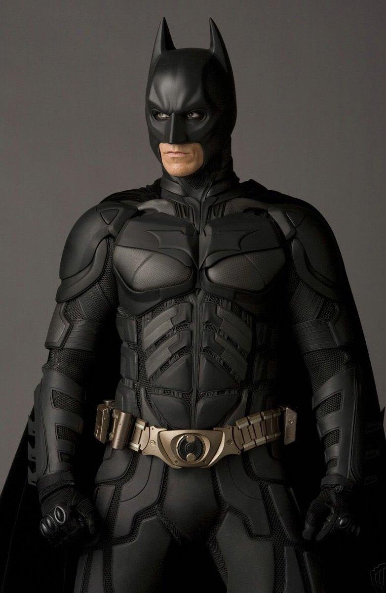 @Vincefarraday1 @XboxJedi6115 @FloNashton Bro he looks like about the same build as Bale's Batman https://t.co/WXgOi9gGt0
