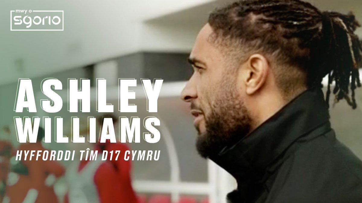 Image for the Tweet beginning: Ashley Williams | Hyfforddi tîm